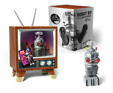 Lost In Space YM-3 Robot Mini Display Model in Retro TV 17RMB03