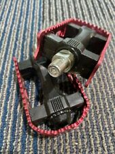 * NOS VINTAGE OLD SCHOOL RED  PEDALS REMOVABLE  ALLOY CAGE CHROMEMOLY SHAFT 1/2