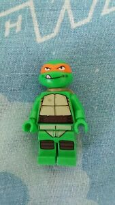 Lego Teenage Mutant Ninja Turtles Michelangelo figure