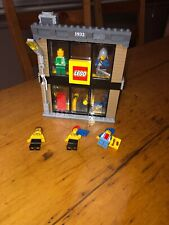 """Lego Town City Square """"LEGO"""" toy store 60097/60026/60200/8404"""