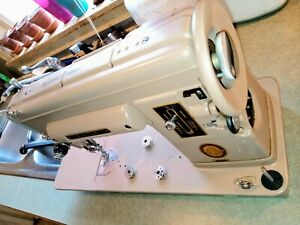 Vintage Singer 301A Sewing Machine w/Trapezoid Case + Many Accessories Very Good