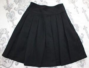 Banana Republic Women's sz 0 Black Pleated Short Full Skirt Wool Blend, Lined