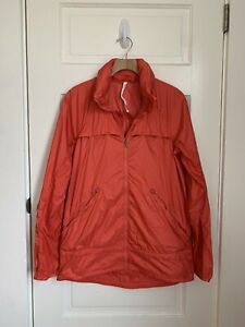 Lululemon Miss Misty Jacket Windbreaker Atomic Red Packable Hood SIZE 10