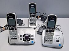 Uniden D1680  Cordless Phone/Answering System w/ 3 Handsets w/ Batteries