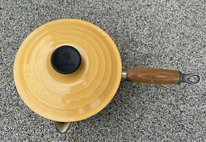 Le Creuset Yellow Pan with Lid and Teak Handle 18cm