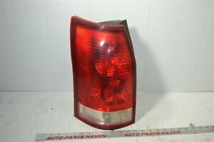 04-07 Saturn Vue - Driver Side Left Tail Light Tail Lamp Assembly OEM