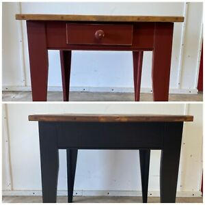 Refurbished modern Black and Wood cozy end table