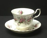Royal Albert LAVENDER ROSE MONTROSE CUP & SAUCER (S) Bone China England