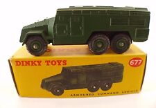 Dinky Toys GB n° 677 armoured command Vehicule militaire en boite