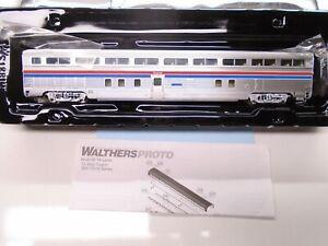 Walthers Proto Ho 920-13312 85' Budd Hi-Level Coach, Amtrak