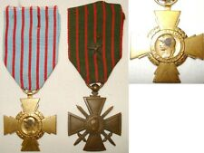 2 Antique Medals Military cross of War & cross of / the Fighter WW1 & WW2