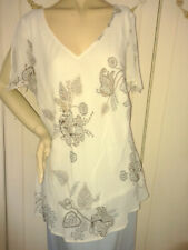 """New """"Anne Harvey"""" lined blouse. Size 18 Bust 48"""" length 30"""""""