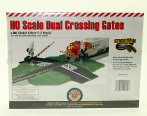 Bachmann E-Z Track #44579 DUAL CROSSING GATES 1:87 HO scale