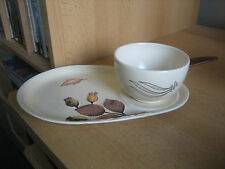 VINTAGE CARLTON WARE SAUCE BOWL AND PLATE