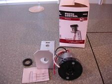 NEW - Mulberry Photo Control Receptacle and Mounting Bracket #30862