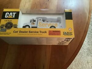 1/50 CAT Dealer White Service Truck by Norscot NIB!