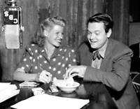 OLD CBS RADIO TV PHOTO Rita Hayworth in the radio drama Break of Hearts 4