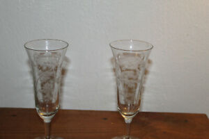 2 Vintage Champagne flutes Glasses Optic Cut Etched Stemware Toasting Barware