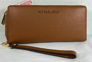 Michael Kors Jet Set Travel Pebbled Leather Continental Wallet Wristlet