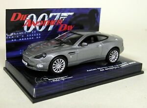 Minichamps 1/43 Aston Martin V12 Vanquish James Bond 007 Diecast Model Car
