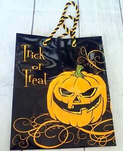 Jillson Roberts Gift Bag Halloween TRICK OR TREAT Jack O Lantern Pumpkin
