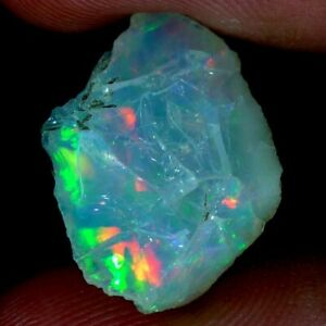 01.65CT. NATURAL ETHIOPIAN OPAL ROUGH PLAY OF COLOR ROYAL CAB GEMSTONE