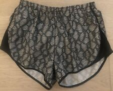 NIKE Dri Fit Womens Black and White Pattern Gym Shorts SMALL UK 8-10