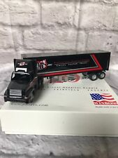 Winross: Professional Hospital Supply International Truck 1:64 Scale / Great Buy