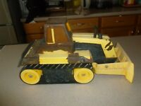"Vintage Mighty Tonka Turbo Diesel Dozer T9 Bulldozer 17"" Pressed Steel"