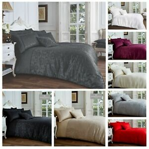 Jacquard VINCENZA Bed Set with Duvet Cover and Pillow Case, Polyester-Cotton