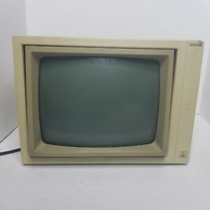 Apple Green Phosphor Monochrome CRT Computer Monitor II A2M2010 Vintage 1983