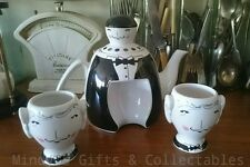 Quirky Unisex Novelty Teapot with 2 cups Waiter Design Giftboxed Tealovers Gift
