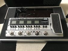 Zoom G5 Effects complete guitar pedalboard + zoom flight case