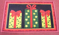 ST. NICHOLAS SQUARE THREE CHRISTMAS GIFTS ACCENT RUG DOORMAT XMAS DECORATION