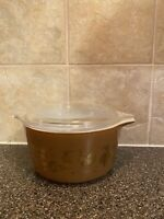 Vintage Pyrex Early American Brown and Gold 1 Qt Casserole Dish  With Lid 473