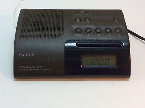 Sony ICF-C203 Dream Machine AM/FM Radio Clock Color Is Army Green Tested Works