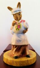 "Royal Doulton Bunnykins Figurine - ""Paintress"" Db465"