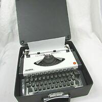Vintage Olympia Traveler Manual Typewriter w/Original Leather Travel Case 1976