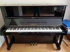 Yamaha Klavier u1 inklusive Klavierstuhl