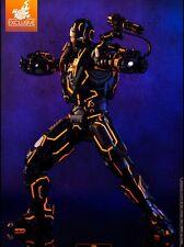 1:6 War Machine Neon Tech Iron Man 2 - 904978 - Hot Toys - EXCLUSIVE