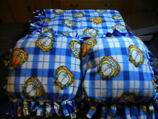 VTG Garfield blanket & Two Garfield Pillows for twin bed. Excellent condition