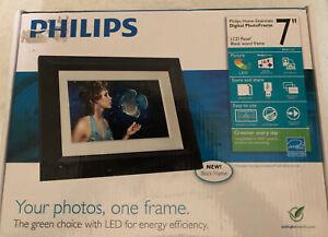 "7 "" LED Digital Photo Frame by Philips. SPF307I/G7 Black with Wood Trim! Nice!!"