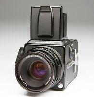 HASSELBLAD 503 CX Black + Zeiss Planar 80/2,8 CF + Film Magazine A12