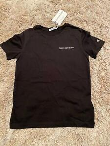 Calvin Klein T-Shirt Chest Logo Größe 152/12 Jahre NEU 24,90 €