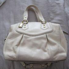 Coach cream leather handbag   purse EXCELLENT CONDITION dbededa590b3a