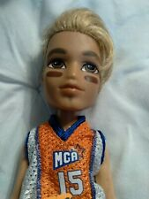 2003 MGA Bratz Boyz Cade Sportz Doll #258-15