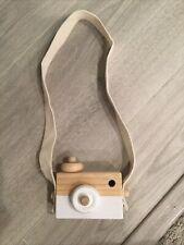 Montessori Wooden Camera, color: white