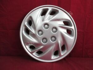 "NOS OEM Dodge Neon Spirit Daytona Shadow 14"" Full Wheel Cover 1995 - 97 SILVER"