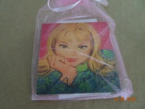 Barbie Magnet (great table gifts for convention)     Francie