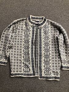 dale of norway womens sweater medium Cardigan Vintage Silver Clasp